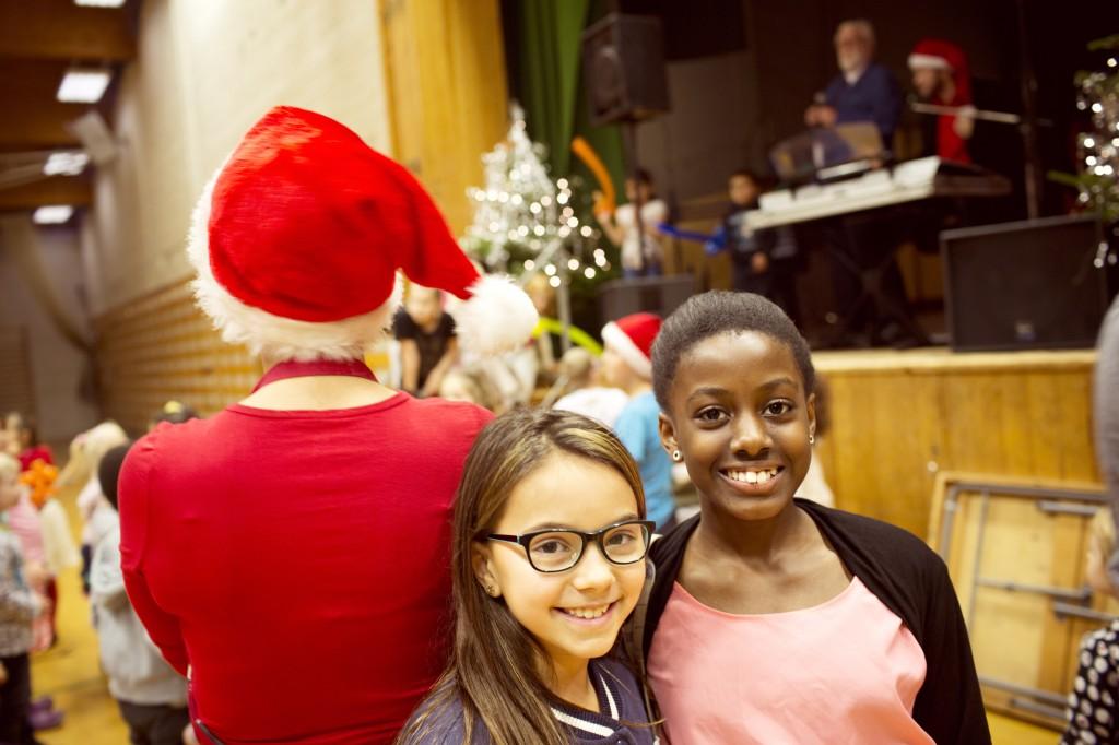 Piger til julefest TONJE ELIASSON