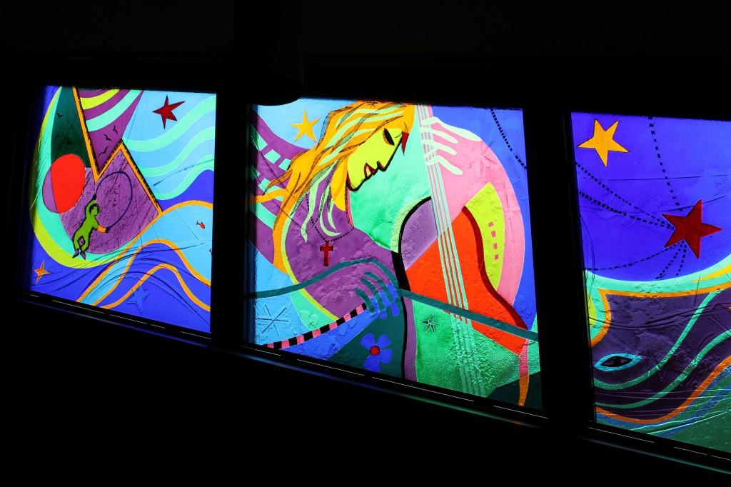 Adi Holzers glasmaleri