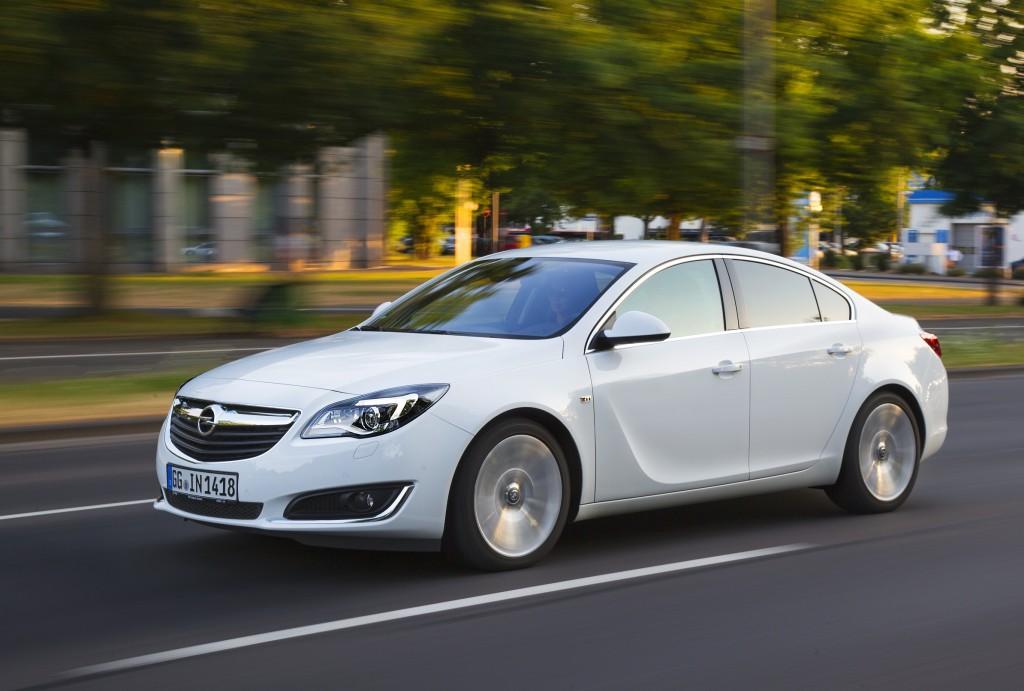 Opel Insignia runder 100 000 enheder (50)
